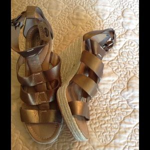 Fossil wedge shoes sandals 7 1/2